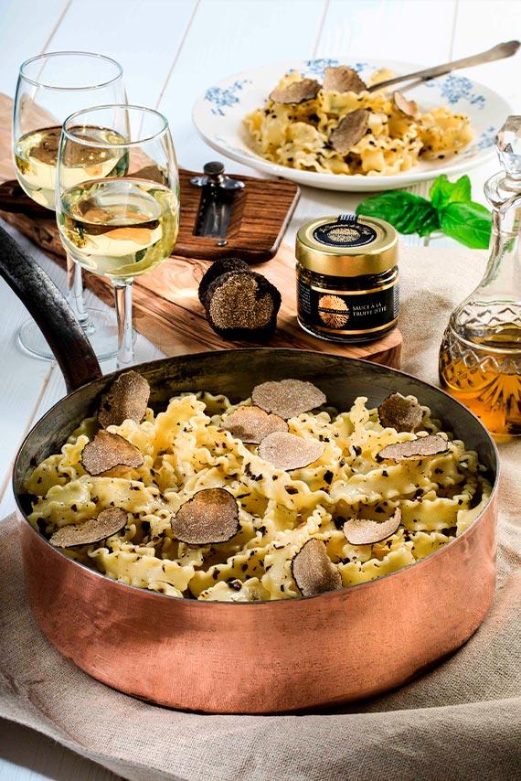 creme et sauce truffe-sauce noire a la truffe d ete-truffe d ete-signorini tartufi